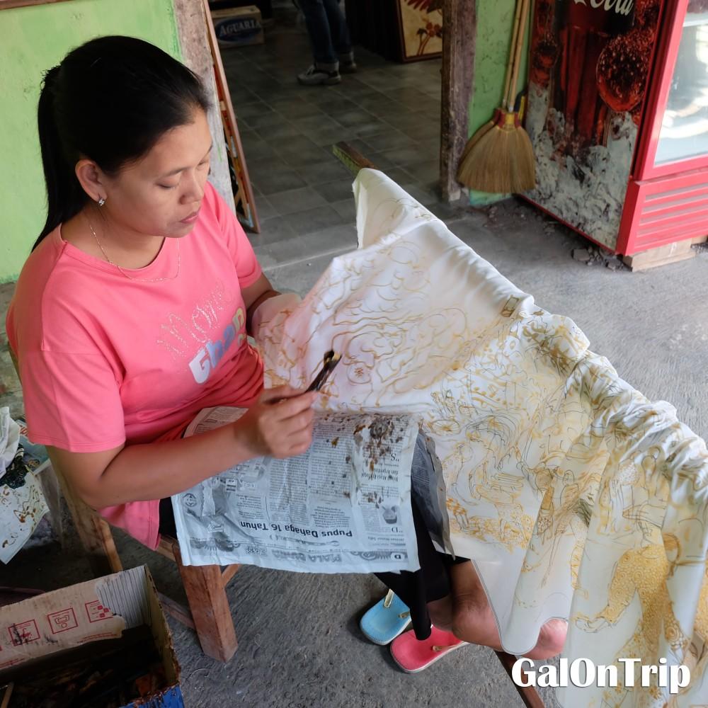 creating batik