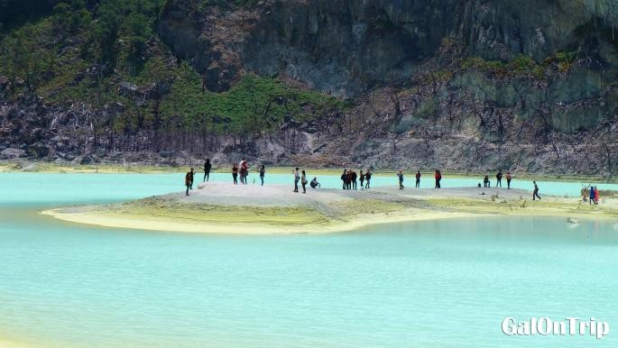 kawah putih crater lake