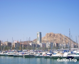 Why Visiting Alicante on Monday and Public Holiday is a Bad Idea