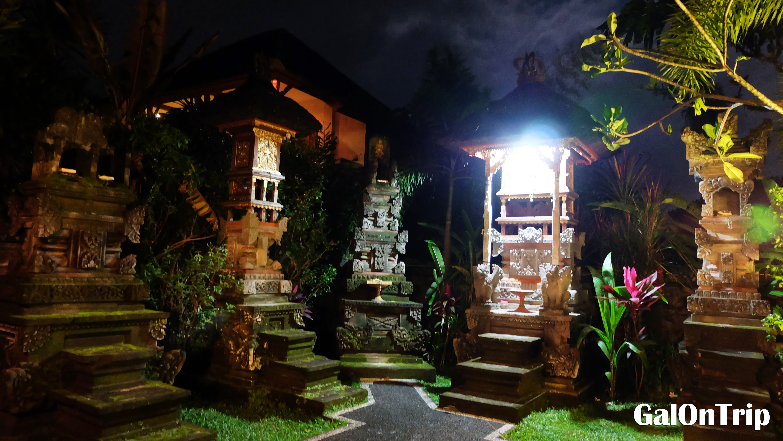 hindu shrine ubud
